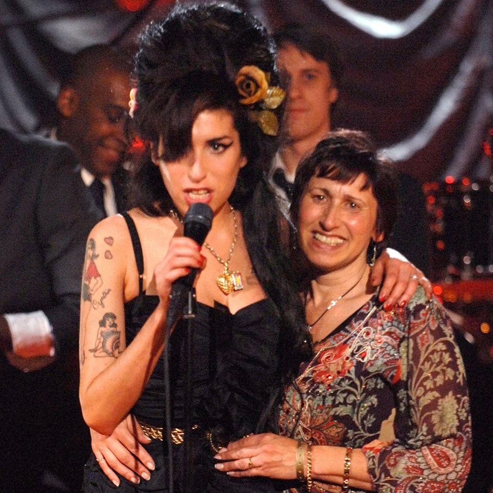 Amy Winehouse + Janis Winehouse