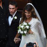 Frisch verheiratet: Elisabetta Canalis und Brian Perri geben sich auf Sardinien das Jawort.