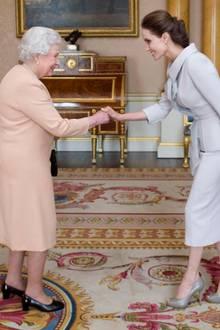 Angelina Jolie und Queen Elisabeth