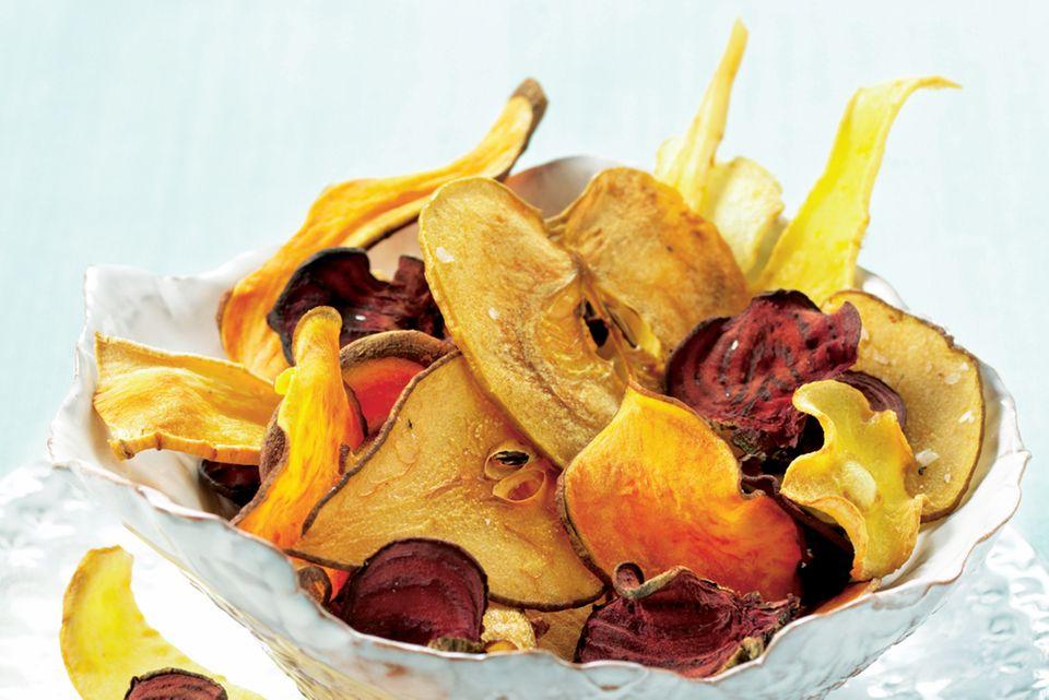 Bunte Obst- und Gemüsechips