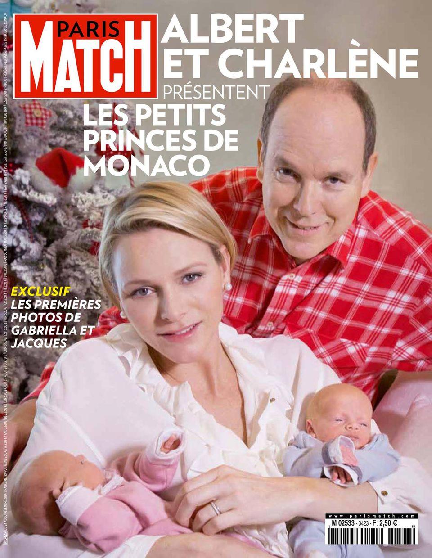 Stolz zeigen Fürstin Charlène und Fürst Albert ihre niedlichen Zwillinge.