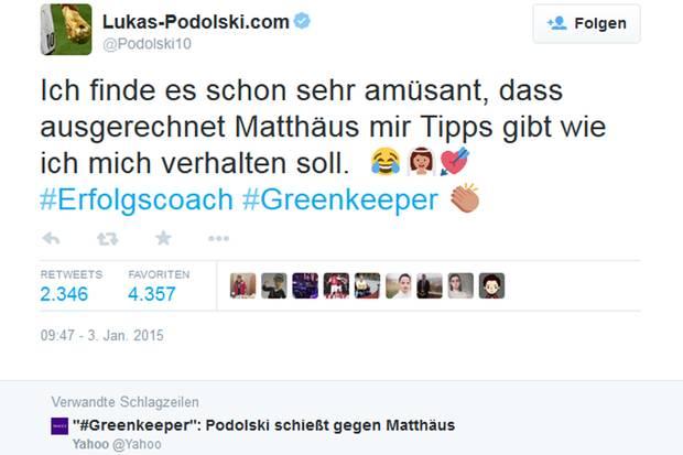 Lukas Podolski feuert zurück und wählt für seine Twitter-Message an Lothar Matthäus besonders brisante Hashtags und Emoticons.