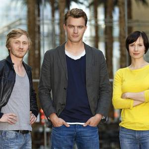 """Sie sind das jüngste Ermittler-Team des """"Tatorts"""": Seit 2013 geht Alina Levshin mit Friedrich Mücke und Benjamin Kramme in Erfurt auf Verbrecherjagd."""