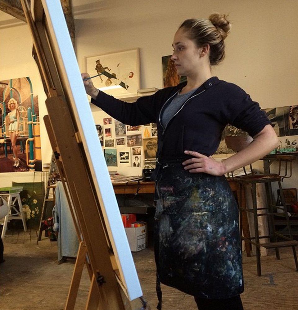 Jemima Kirke malt ihre Freundin Liv Tyler.