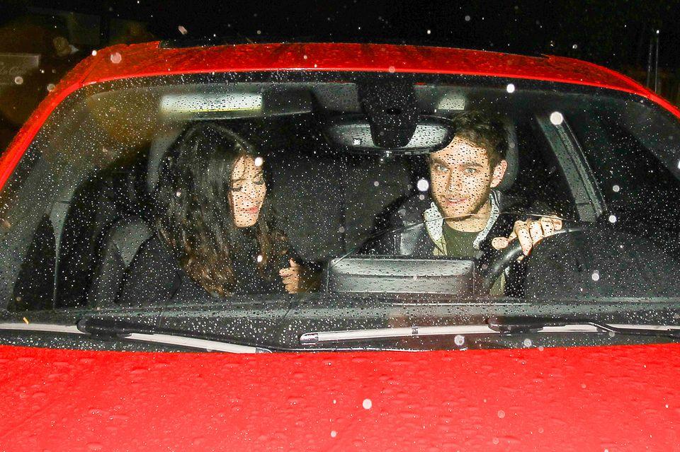"""Am Abend vor den Golden Globes werden Selena Gomez und Zedd, der eigentlich Anton Zaslavski heißt, bereits zusammen beim Verlassen des Restaurants """"The Nice Guy"""" in Hollywood gesichtet."""