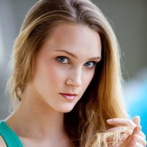 Beauty Tipp So Bekommen Sie Glänzende Haare Galade