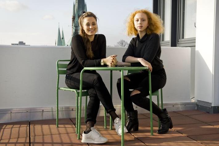 Anna Ermakova: GALA-Mitarbeiterin Anna Schunck mit Boris-Becker-Tochter Anna Ermakova in Hamburg.