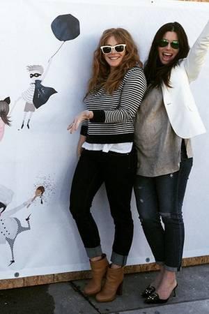 Jessica Biel und ihre Kolleginnen Kimberly Muller und Estee Stanley eröffnen ein Restaurant.
