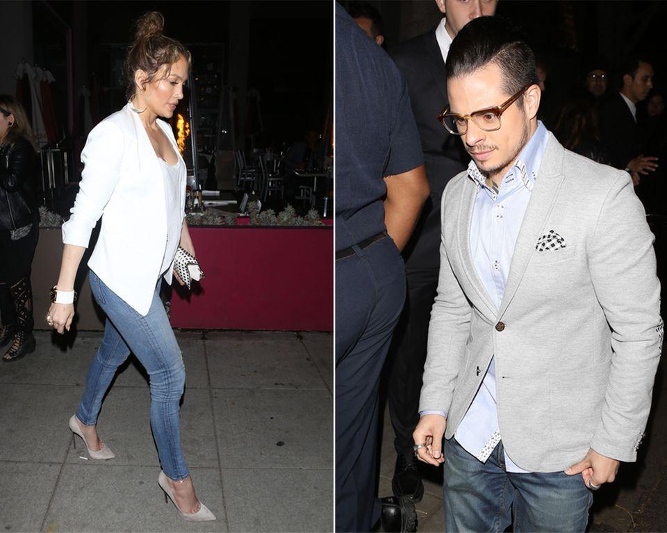 Jennifer Lopez und Casper Smart besuchen zusammen ein Restaurant in Hollywood.