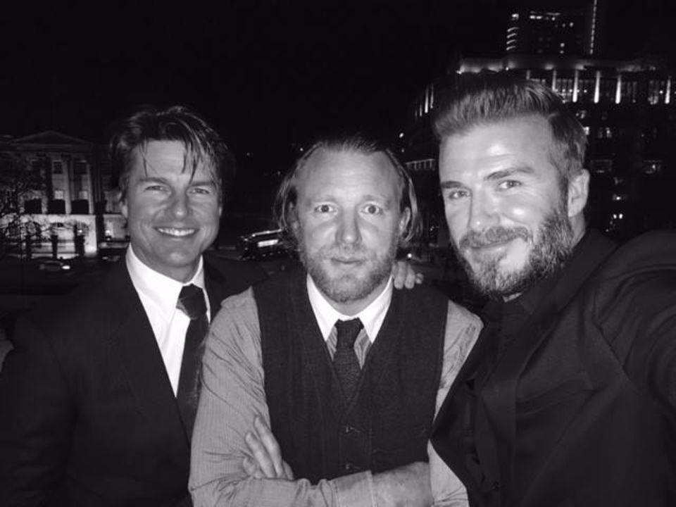 "Dieses Bild postete Beckham auf seinem Facebookprofil mit den Worten: ""Here's a pic of me with my dear friends Guy Ritchie and Tom Cruise from my Haig Club London dinner this past Sunday. ?#?HaigClubLondon"""