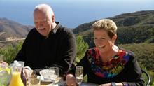 Olivers Eltern Jürgen und Ingeborg versuchen ihn bei er Entscheidung für seine Traumfrau zu unterstützen.