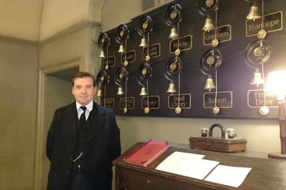 """Getwittert vom Kensington-Palast: """"Mr. Bates erwartet die Ankunft der Herzogin von Cambridge im Dienstbotenzimmer."""""""