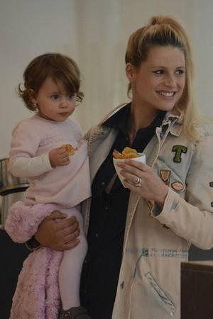 Michelle Hunziker mit ihren Töchtern Aurora und Sole
