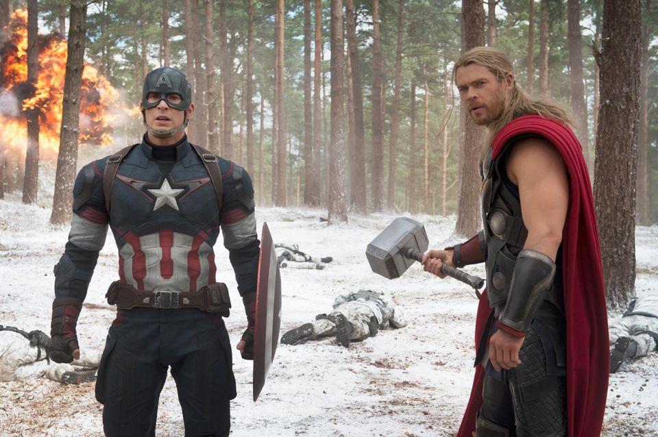 Das sind die guten Jungs: Captain America (Chris Evans) und Thor (Chris Hemsworth)