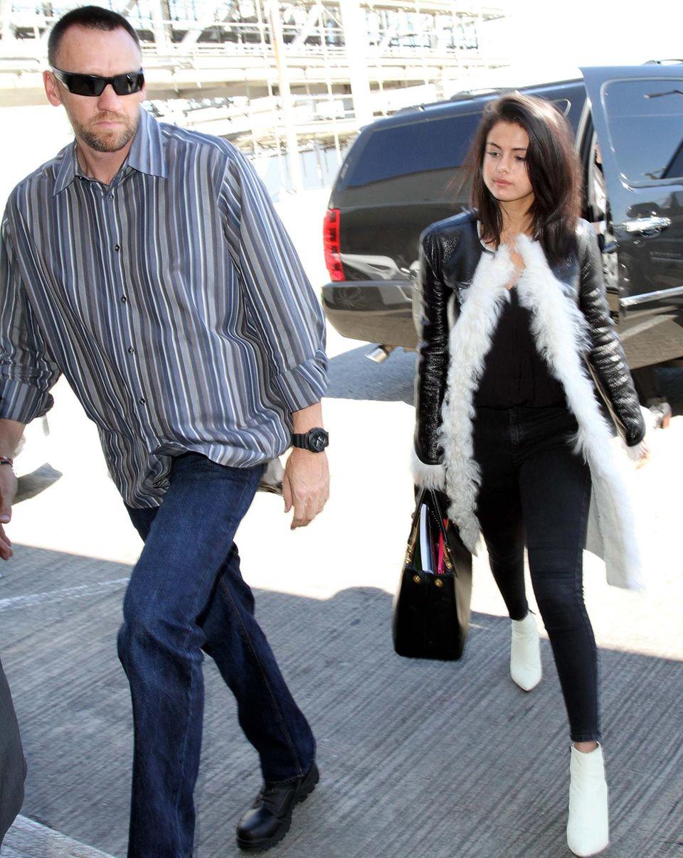 Martin Kirsten beschützt jetzt Selena Gomez.