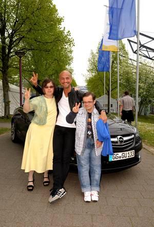 """Peyman ist mit seinem Opel extra von München angereist und hatte Omid """"im Gepäck"""""""