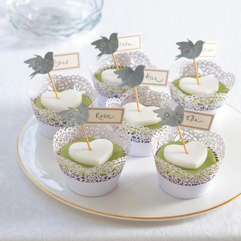 Hübsch und lecker: Cupcakes als Namensschilder