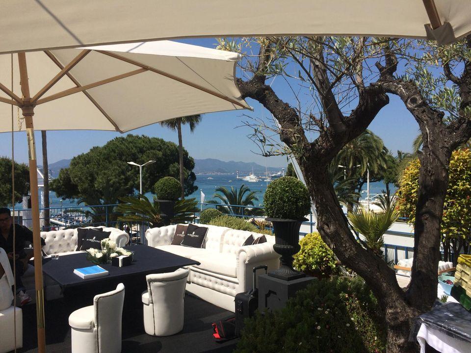 Schönster Blick auf Cannes: die deGrisogono Terrasse im Hotel Martínez