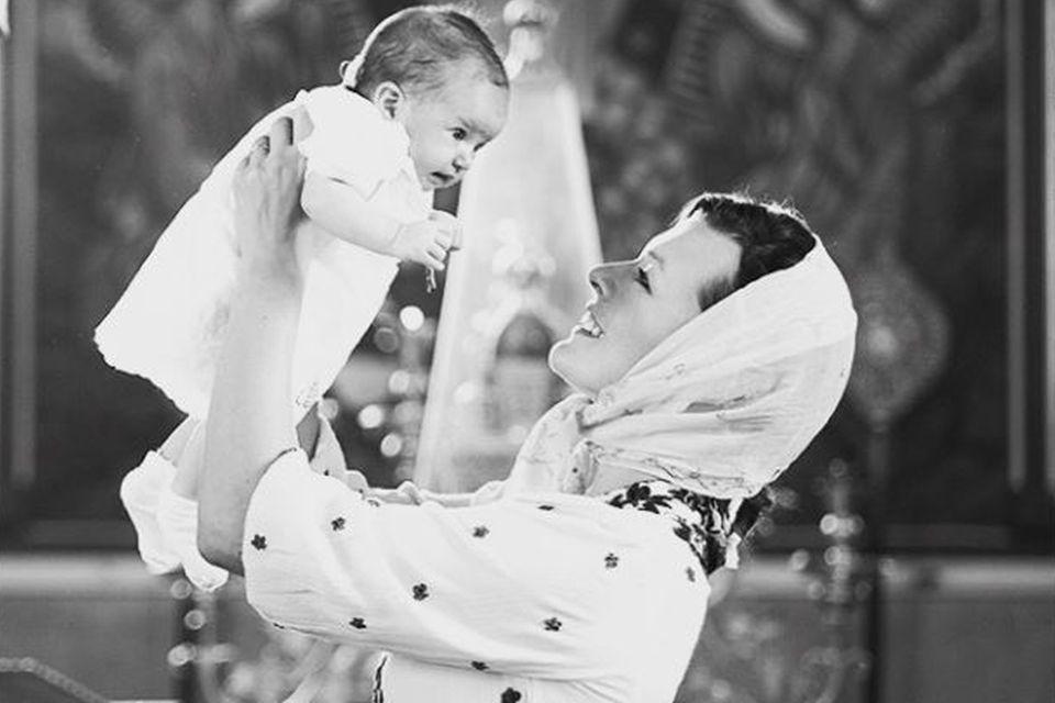 Milla Jovovich mit Baby Dashiel Edan