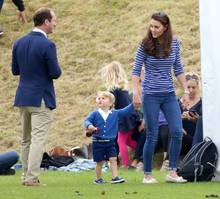 Prinz George legt seine kritische Miene fast den ganzen Tag nicht ab.