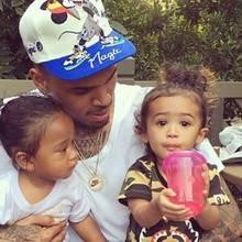 Chris Brown mit Tochter Royalty (rechts)