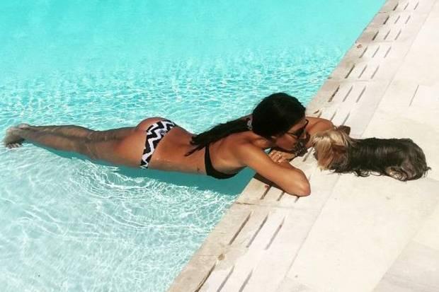 Wahnsinn, was für ein Körper! Model Elisabetta Gregoraci sieht mit ihren 35 Jahren einfach umwerfend aus.
