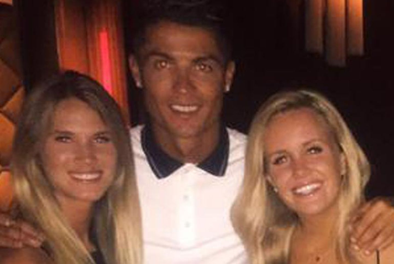 Cristiano Ronaldo inmitten schöner Frauen