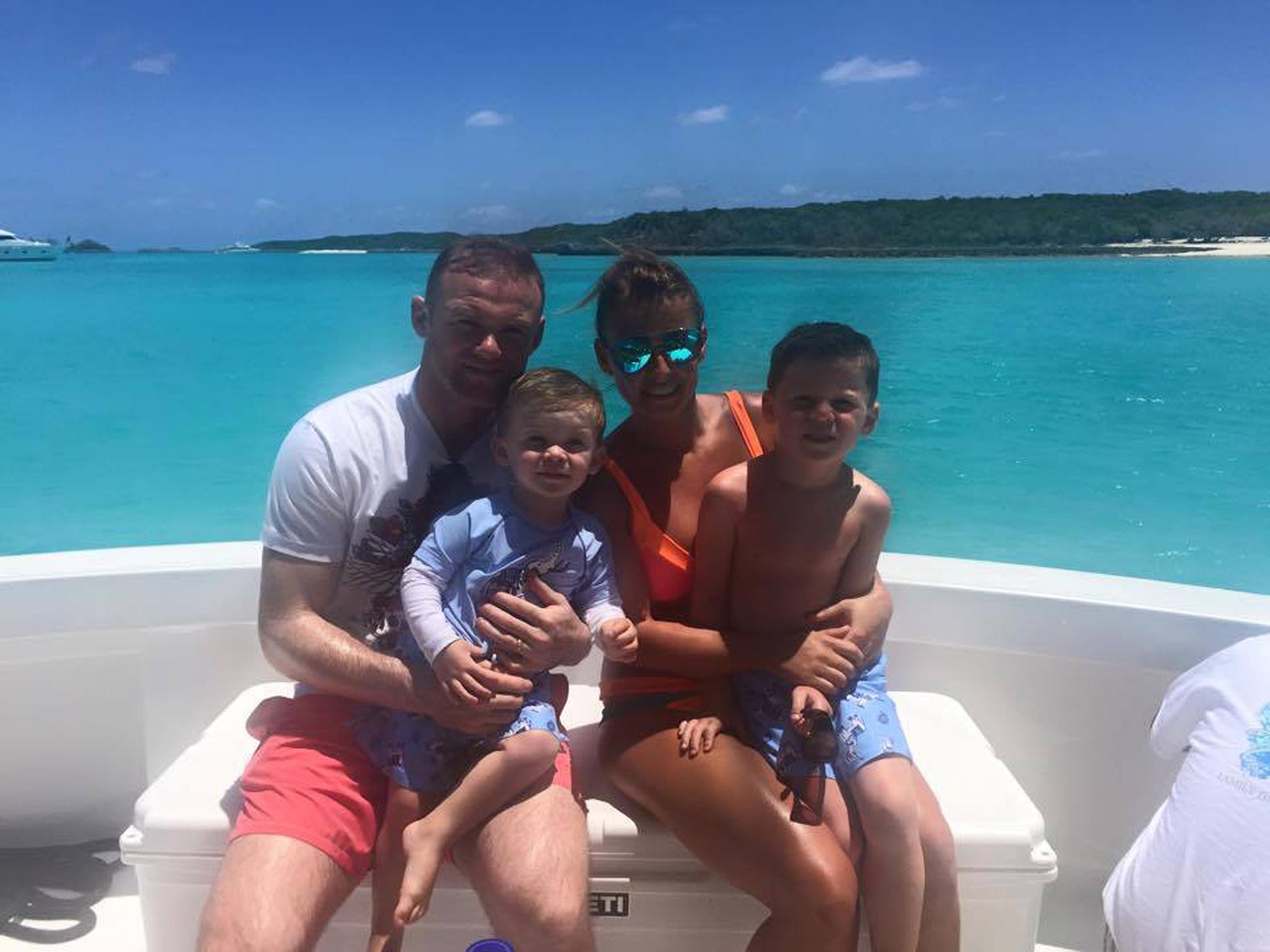 Wayne und Coleen Rooney mit ihren Kindern Klay und Kai