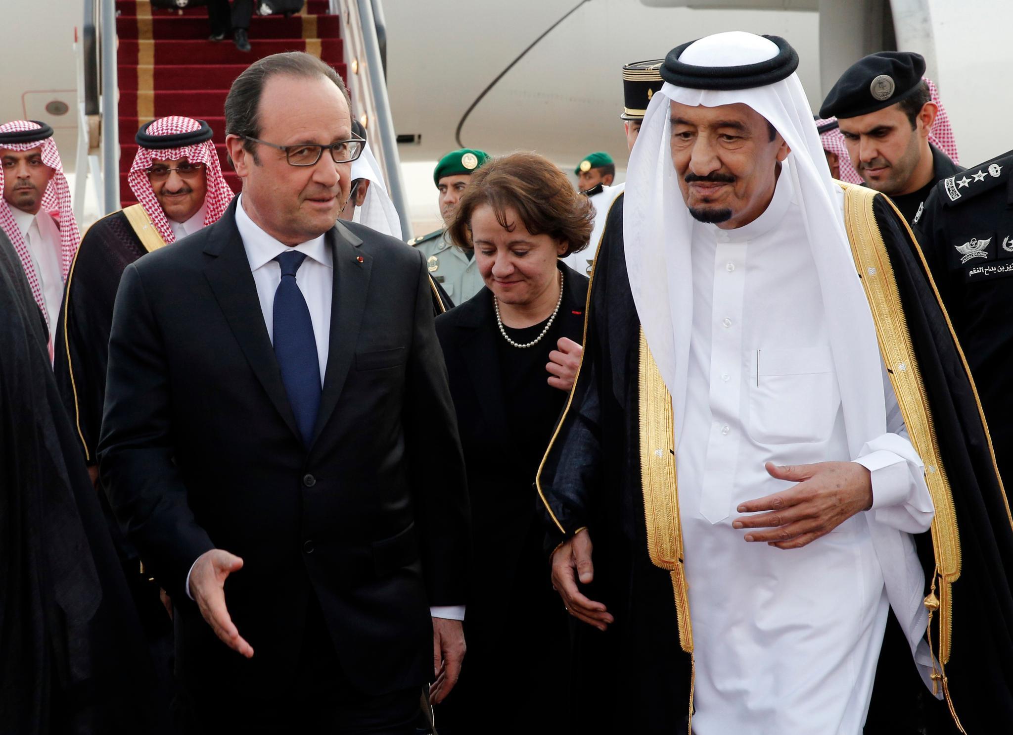 Erst im Mai 2015 begrüßte König Salman den französischen Präsidenten Francois Hollande in Riyadh. Über die französischen Strände haben sie dort vielleicht auch gesprochen.