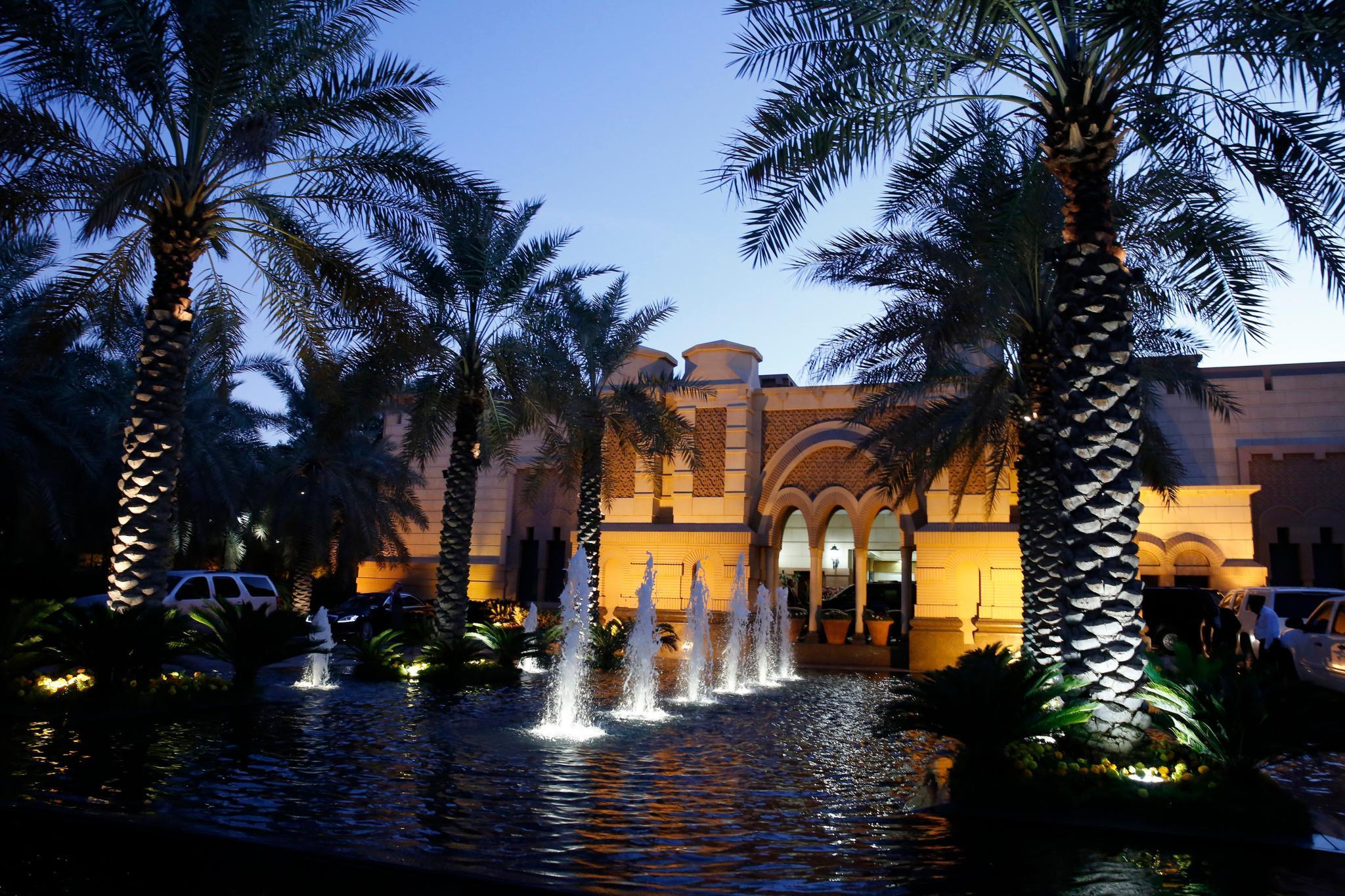 Der Erga-Palast in Riyadh bei Sonnenuntergang - er gehört zu den Palästen der saudischen Königsfamilie.
