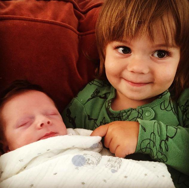 4. August 2015: Jaime King teilt diesen süßen Schnappschuss ihrer Söhne Leo Thames und James Knight.