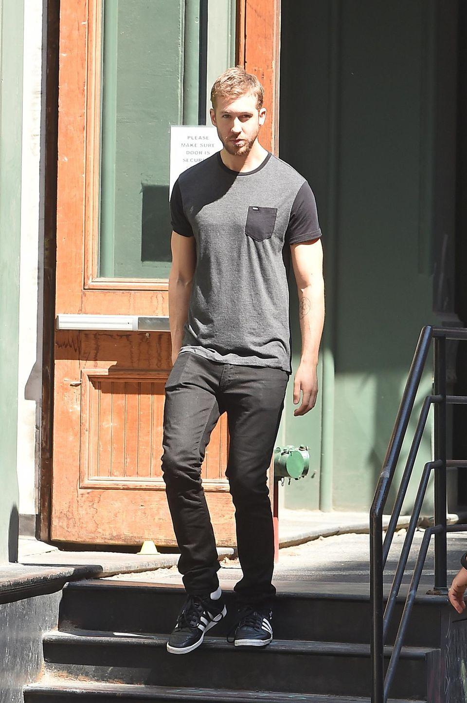 Auch Calvin Harris wurde schon öfter dabei fotografiert, wie er Taylor Swifts Apartment im Big Apple verlässt.