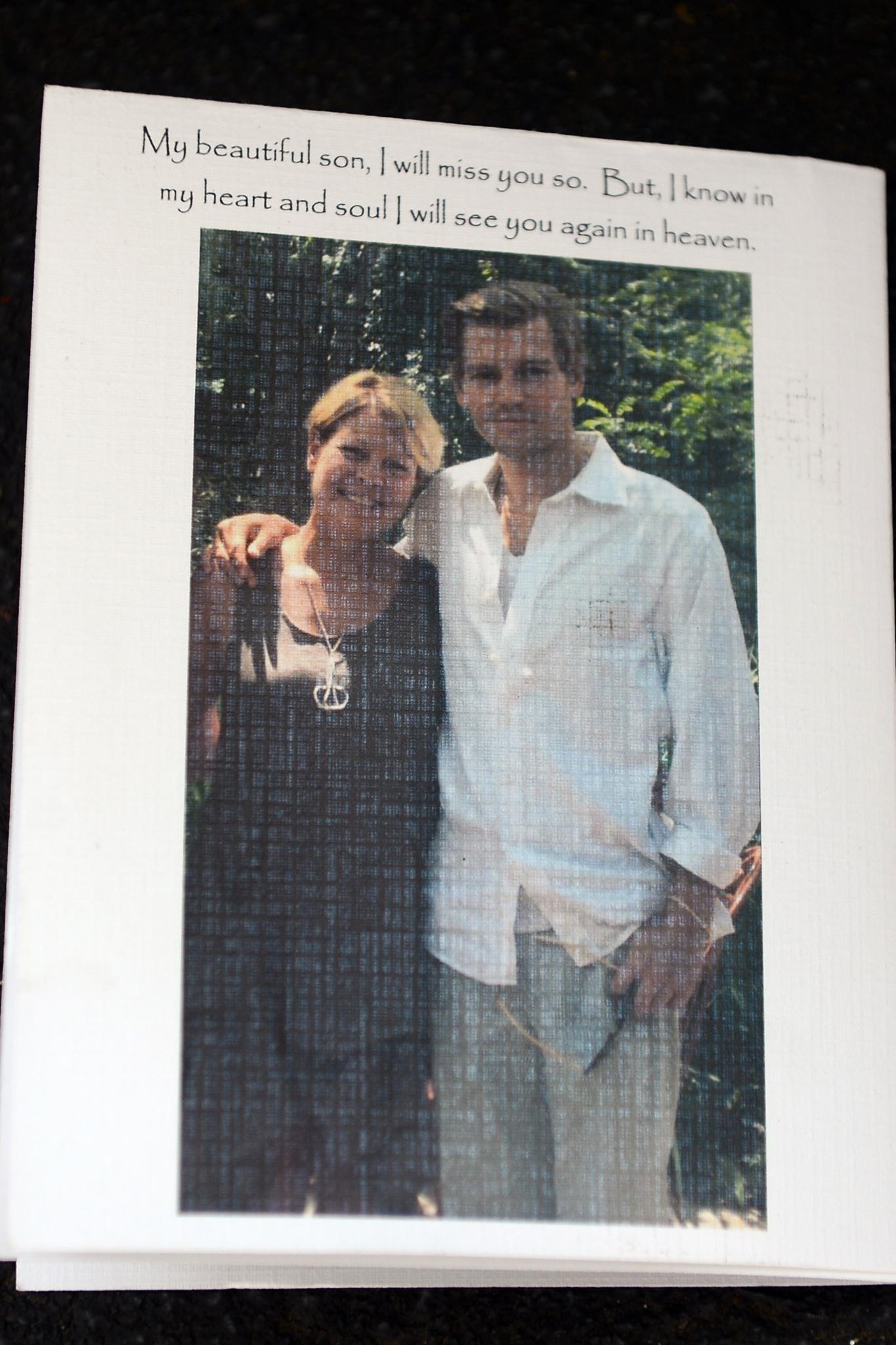 Die Beerdigung von Tali Lennox\' Freund Ian Jones | GALA.de