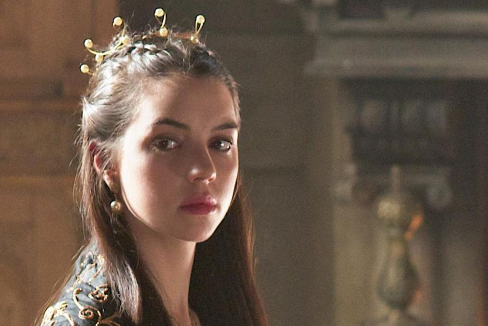 Adelaide Kane spielt Mary Stuart, Königin der Schotten