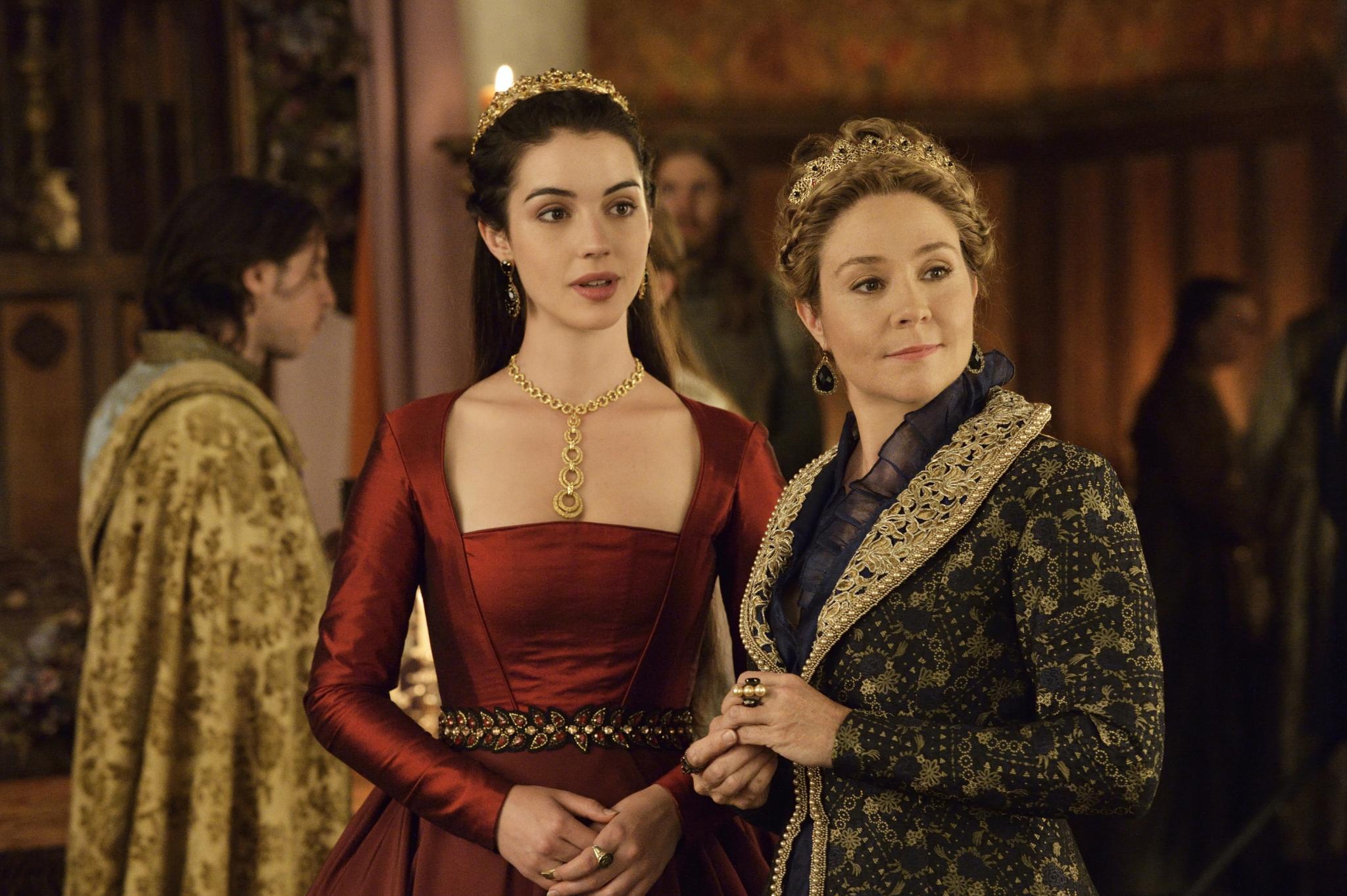 Die Frauen hinter dem König: Mary Stuart (Adelaide Kane) und die Mutter des Königs, Katharina von Medici (Megan Follows)