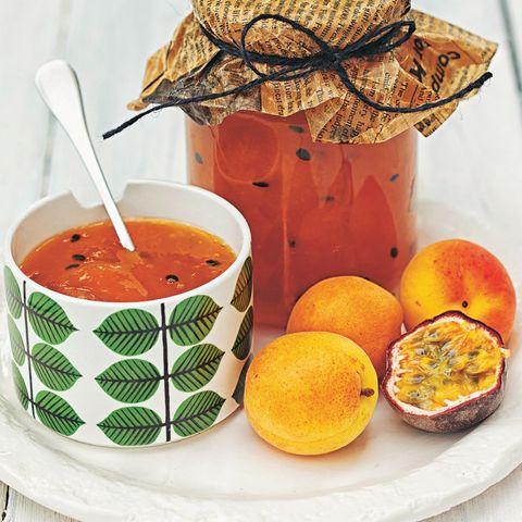 Aprikosenmarmelade mit Passionsfrucht