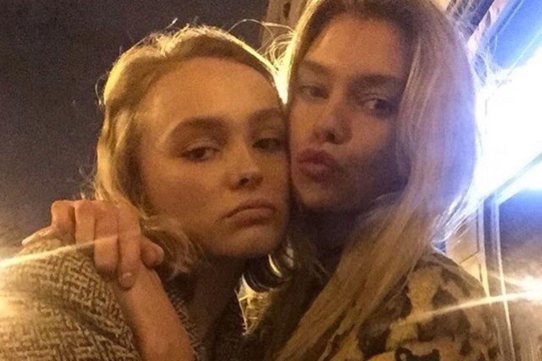 Lily-Rose Depp: Was läuft da mit der Freundin von Miley Cyrus?