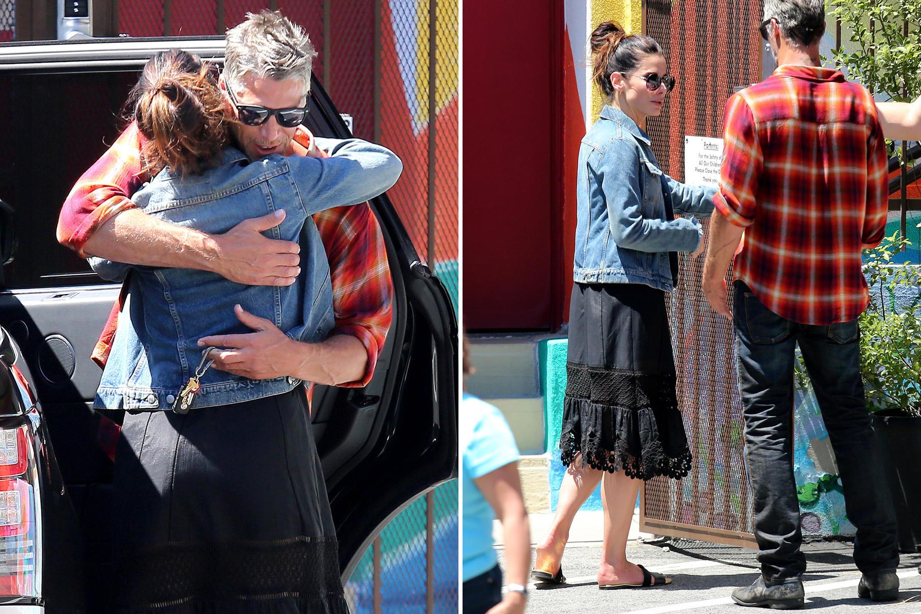 Sandra Bullock: Sandra Bullock und ihr neuer Freund Bryan Randall zeigen sich beim Bummel durch Los Angeles