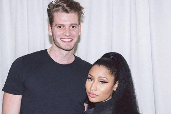 Sängerin Nicky Minaj postet Anfang 2015 ein Foto von sich und Louis Spencer, der auf einem ihrer Konzerte zu Besuch war.