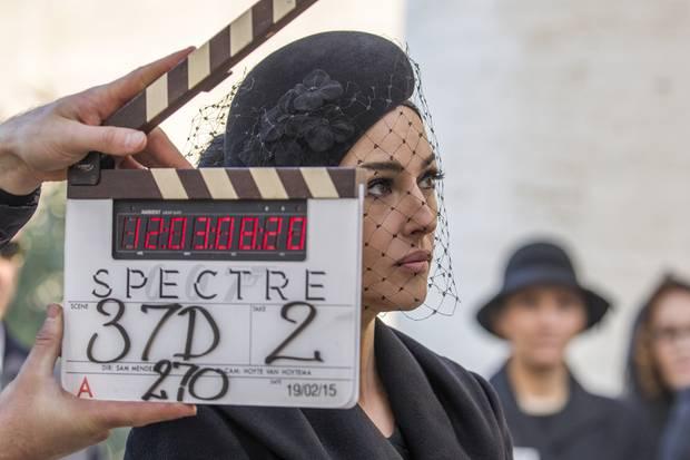 """Und Action! Monica Bellucci im Februar dieses Jahres am römischen Set zum neuen Bond-Spektakel """"Spectre"""""""