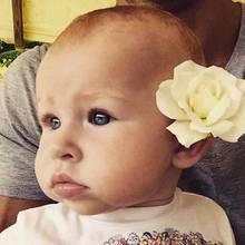 Dieses Foto ihrer süßen Tochter Kaya Evdokia postete Hayden bei Instagram. Hoffentlich hat sie schon bald wieder mehr Zeit füt die Kleine.