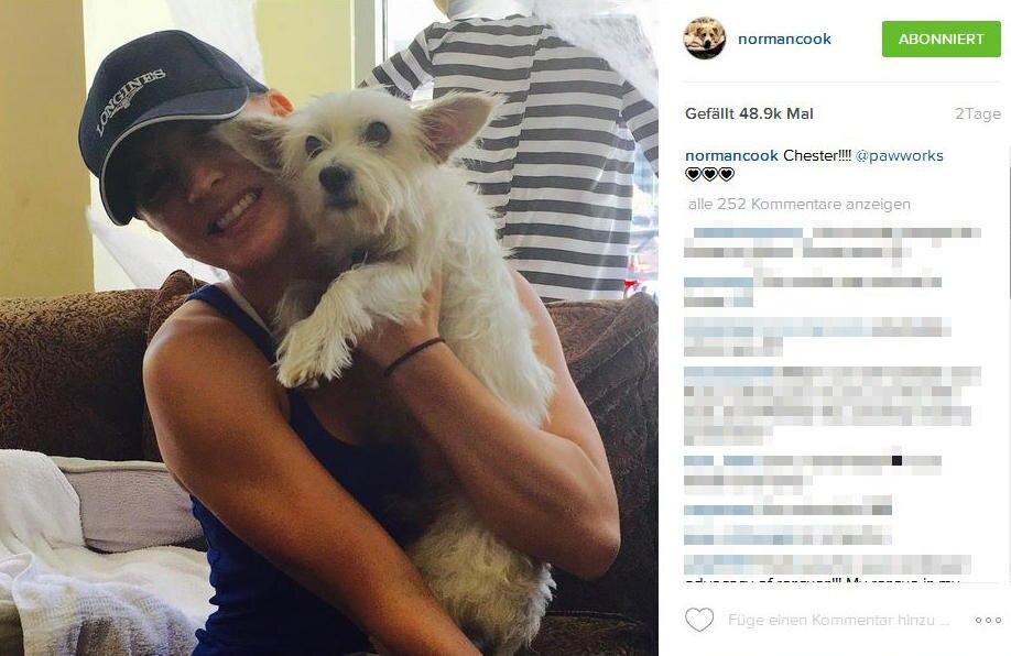 Ihren neuen Liebling Chester scheint Kaley Cuoco gar nicht mehr aus ihren Armen lassen zu wollen.