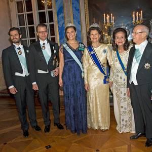 Prinz Carl Philip, Prinz Daniel, Prinzessin Victoria, Königin Silvia, der tunesische Präsident Beji Caid Essebs mit Frau, König Carl Gustaf