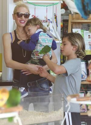 Gwen Stefani und die wichtigsten Männer in ihrem Leben: Mit ihren Söhnen ist sie in Santa Monica unterwegs.