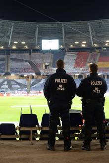 Das Stadion in Hannover wurde evakuiert.