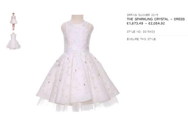 """Das """"The Sparkling Crystal - Dress"""" von Mischka Aoki kostet je nach Größe zwischen 1.600 und 2.000 Euro"""