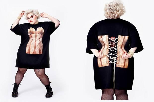 Für umgerechnet knapp 150 Euro gibt es das limitierte Plus-Size-Shirt von Beth Ditto und Jean Paul Gaultier zu kaufen.