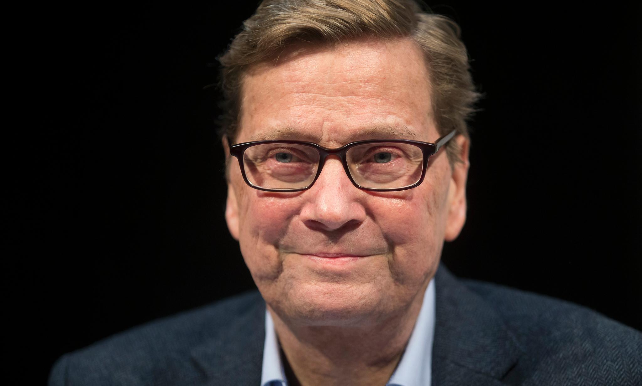 Guido Westerwelle  Sein erstes Jahr im neuen Leben: Guido Westerwelle kämpft tapfer gegen die Leukämie