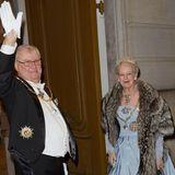 """Zum vermutlich letzten Mal ist Prinz Henrik beim Neujahrsempfang im """"Christian VII. Palais"""" in Kopenhagen dabei und an der Seite seiner Frau. Danach beginnt sein Leben im Ruhestand."""
