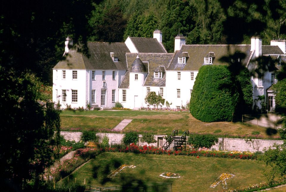 """Prinz Charles' Anwesen Birkhall gehört zum """"Balmoral Estate"""" und ist seit 2002 der schottische Landsitz des Thronfolgers."""